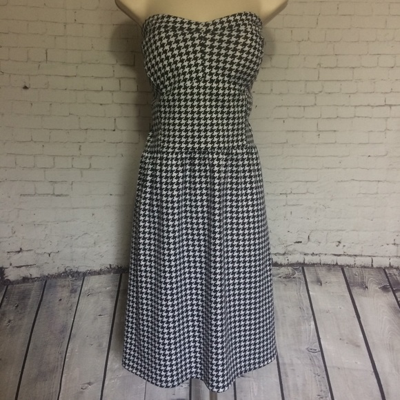 Plus Size Strapless Houndstooth Dress
